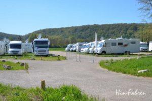 Rundreise mit dem Wohnmobil durch die Normandie: Wohnmobile auf dem Wohnmobilstellplatz Giverny