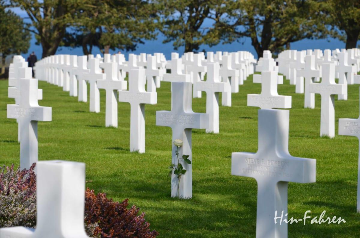 Unterwegs an den Landungsstränden: Amerikanische Kriegsgräber in Omaha Beach