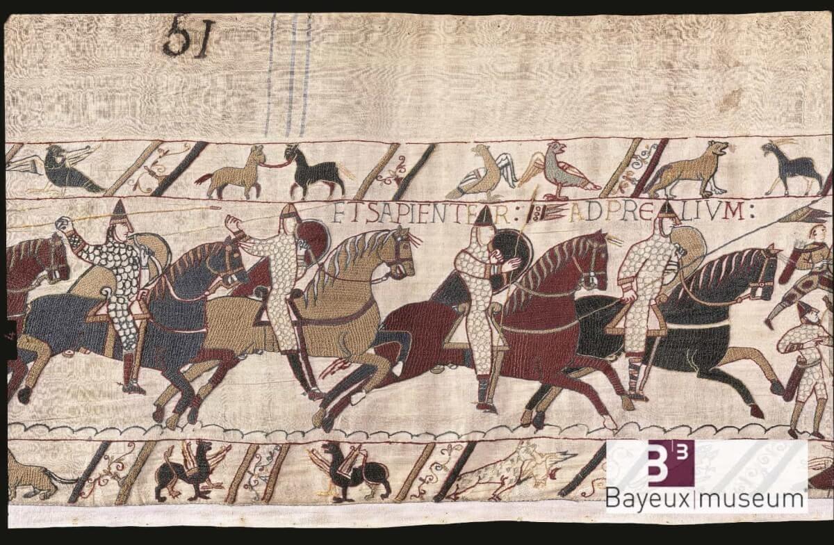 Reiter mit Lanzen vom Teppich von Bayeux in der Normandie (Bildrechte: Bayeux Museum)