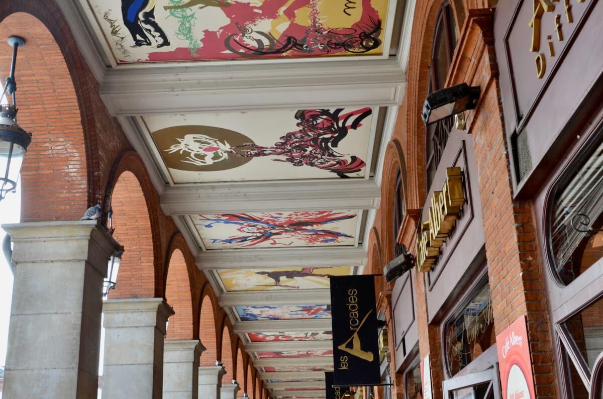 Moderne Malerei in den Arcaden