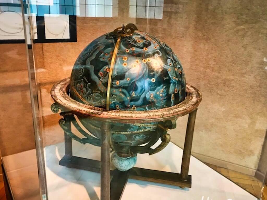 Globus im historischen Museum Haguenau im Elsass