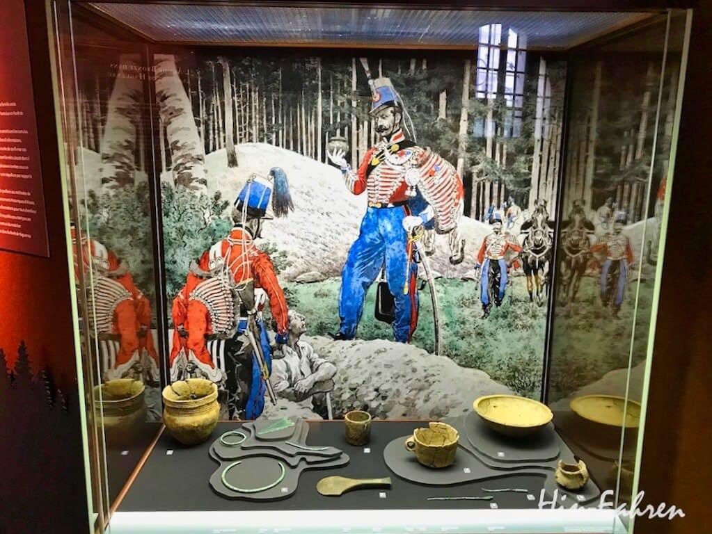 Bronze- und Keramik-Funde aus den Grabhügeln um Haguenau im Museum Haguenau