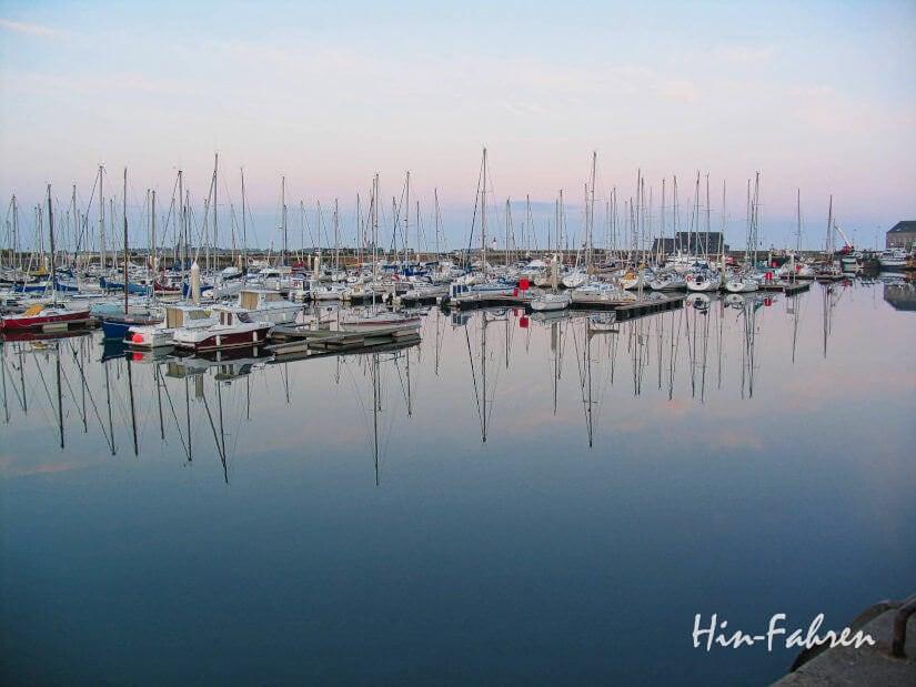 Reisebericht Küste Normandie mit Wohnmobil - Cotentin: Stop in Saint-Vaast-la-Hougue, Blick auf die Boote