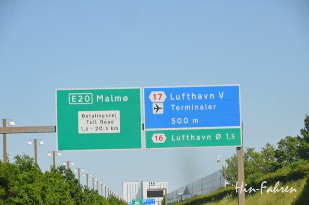 In Dänemark ist die Brücke und der Weg nach Schweden gut ausgeschildert