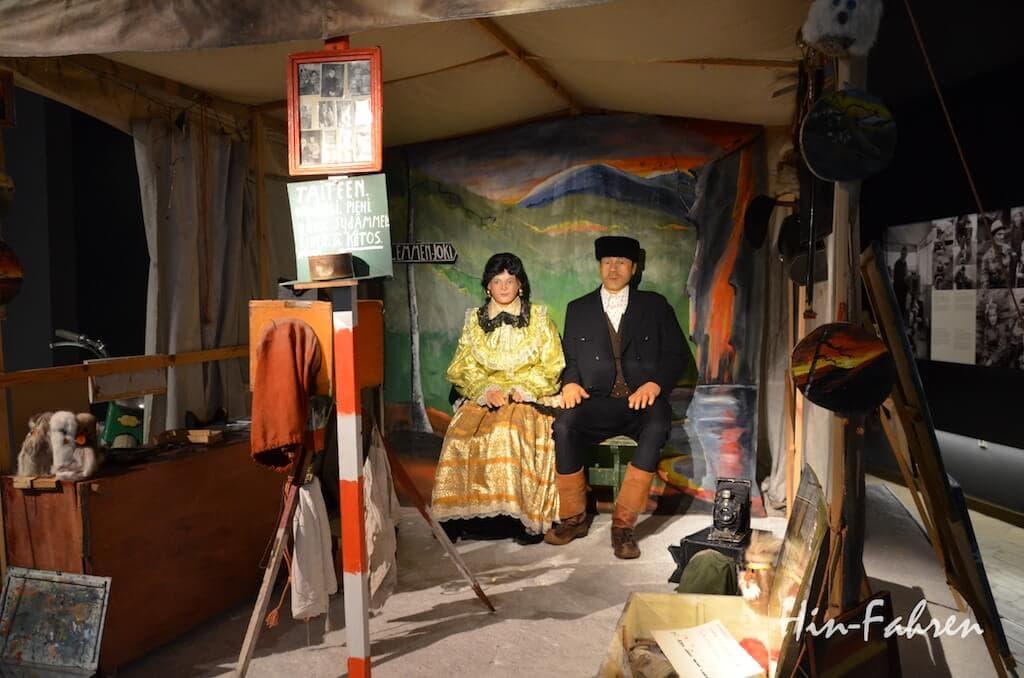 Der Marktfotograf hielt die Menschen in Lappland im Porträt fest