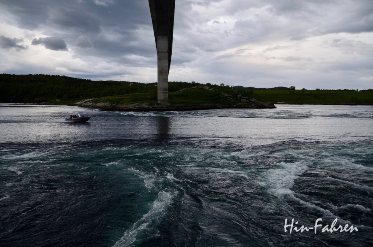 Norwegentour Wohnmobil: Beim Wechsel von Ebbe und Flut ist der Gezeitenstrom in Saltstraumen besonders stark