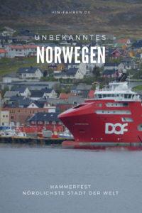 Rundfahrt durch Norwegen mit Wohnmobil: Ein Tag in Hammerfest, der nördlichsten Stadt der Welt. Besuch im Wiederaufbaumuseum, bei der Meridiansäule, Check Wohnmobilstellplatz #Norwegen #hinfahren #Wohnmobiltour #Museum