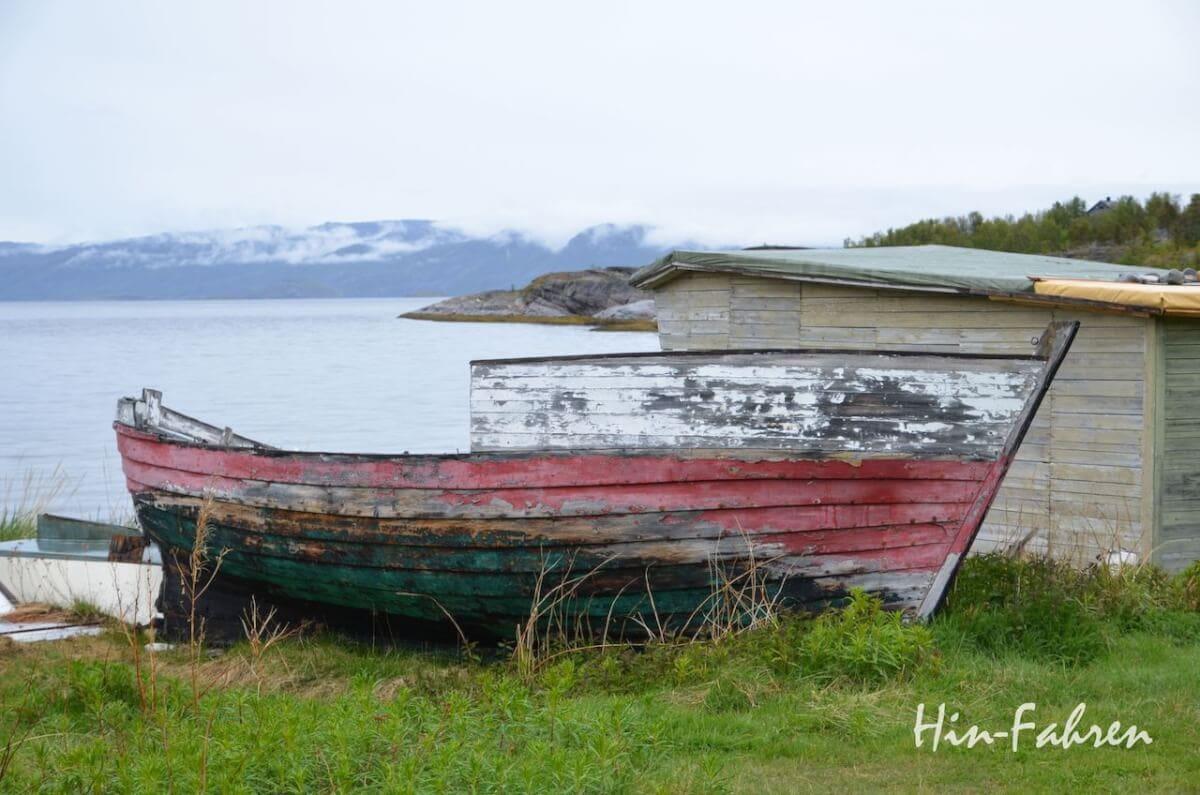 Wohnmobil Norwegen: Altes Fischerboot am Altafjord