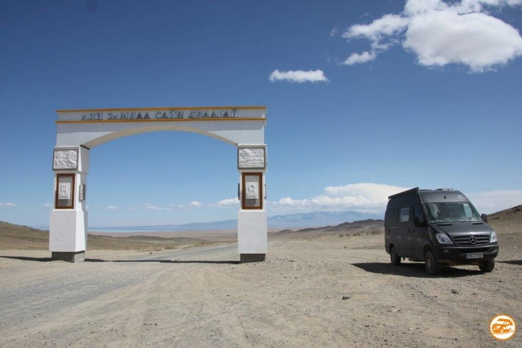 Kastenwagen CS Independent auf Mercedes in der Mongolei
