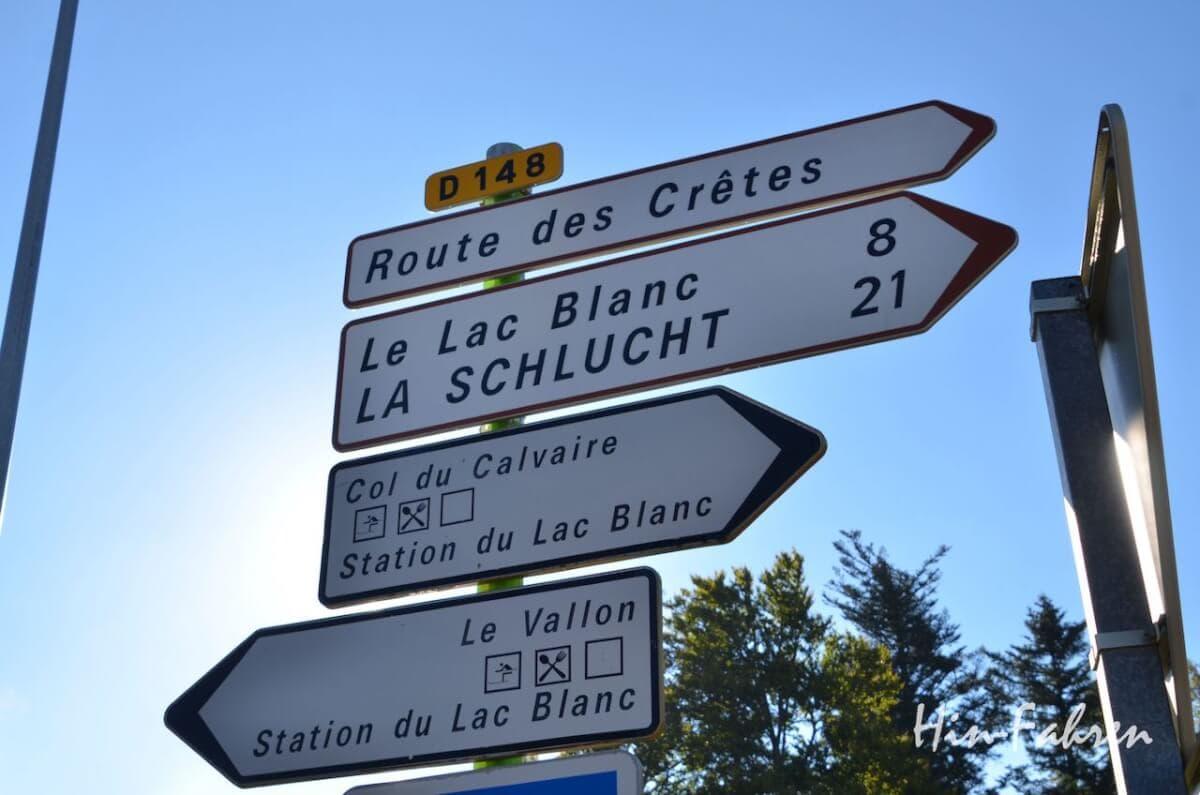 Straßenschild auf dem Col de Bonhomme
