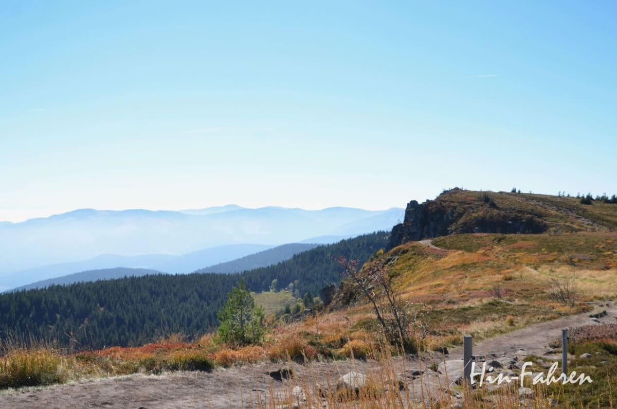 Stop mit dem Wohnmobil: Berge und Wanderweg in den Vogesen