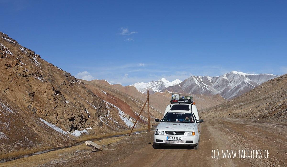 Susanne unterwegs durch Zentralasien auf dem Pamir-Highway