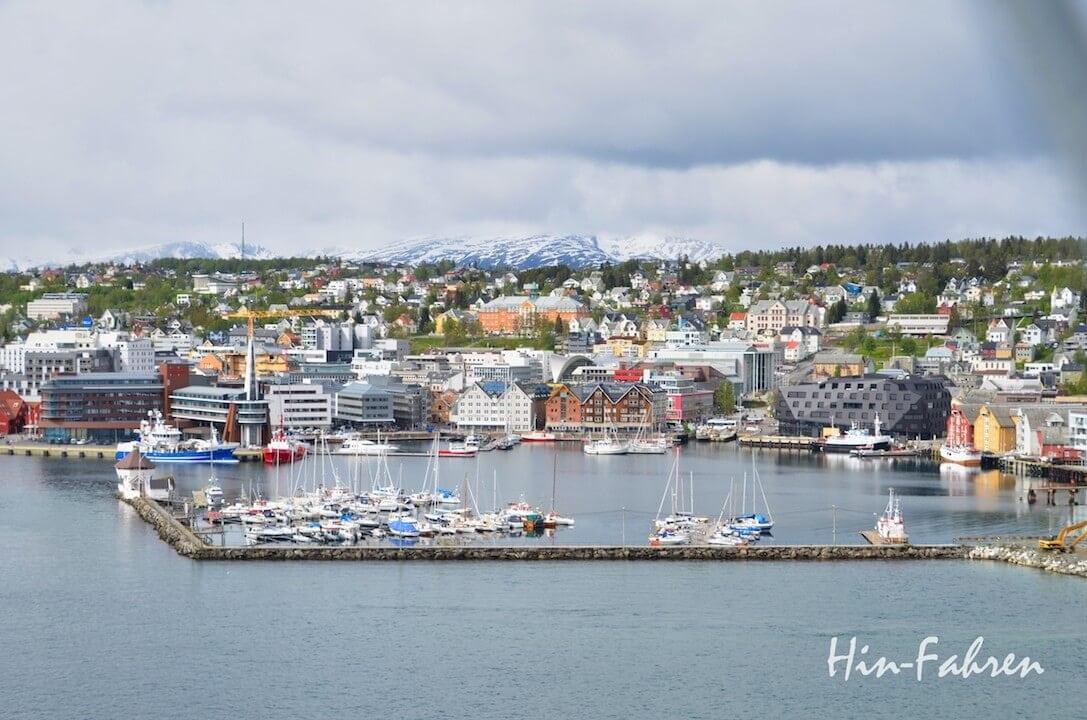Mit dem Wohnmobil in Tromsö: Blick auf das Zentrum