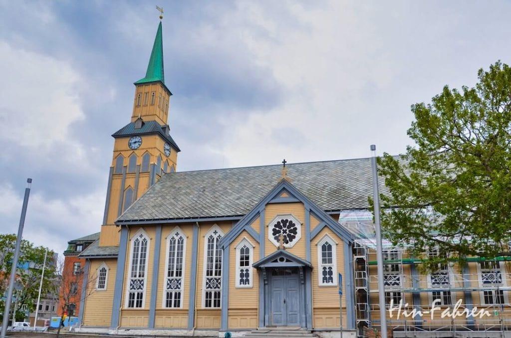 Mit dem Wohnmobil in Tromsö: Evangelische Kathedrale Domkirke