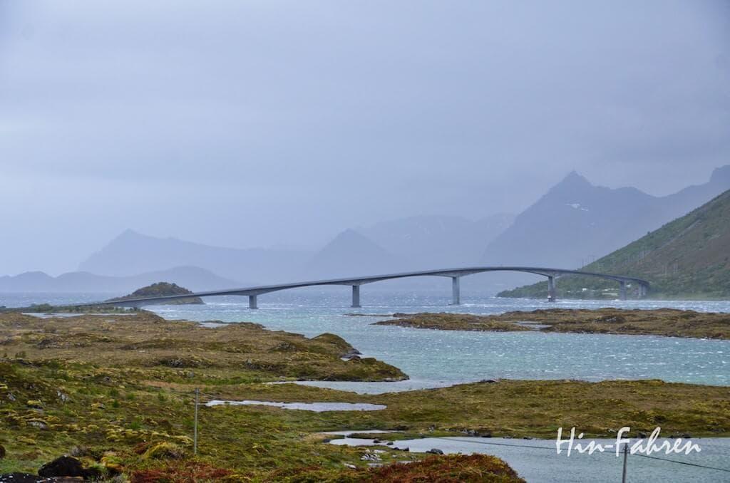 Brücke auf den Lofoten
