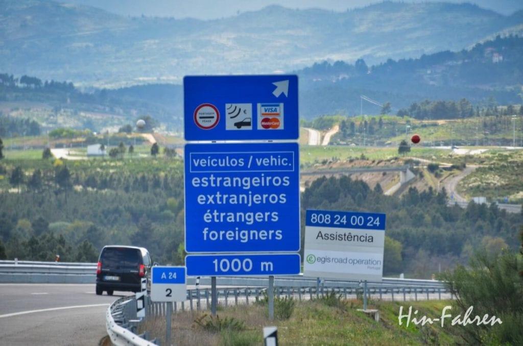Abfahrt zum Welcome Point auf der Autobahn in Portugal
