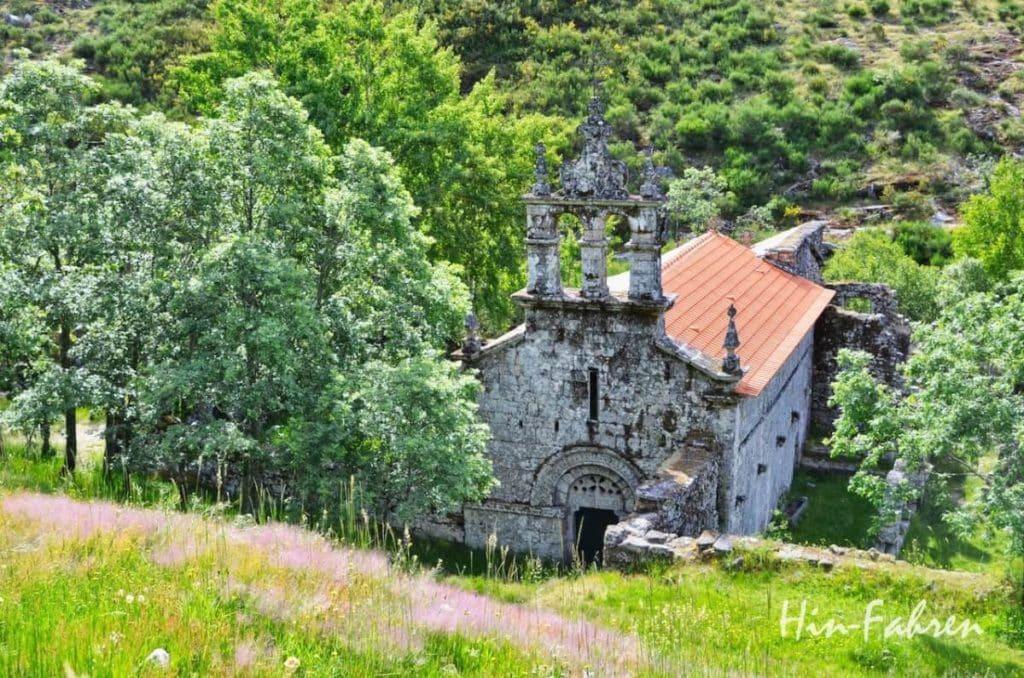 Klosterruine in Portugal