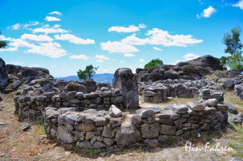 Befestigung aus der Bronze- und Eisenzeit in Nord-Portugal