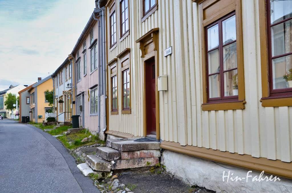 Holzhäuser aus dem 18. Jahrhundert in Mosjoen