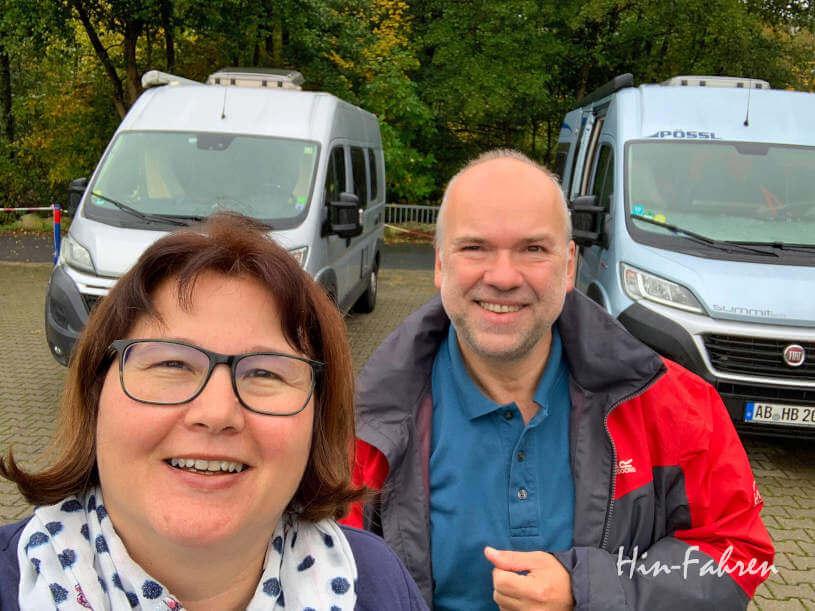 Hubert und Katja und ihre Pössl auf dem Stellplatz