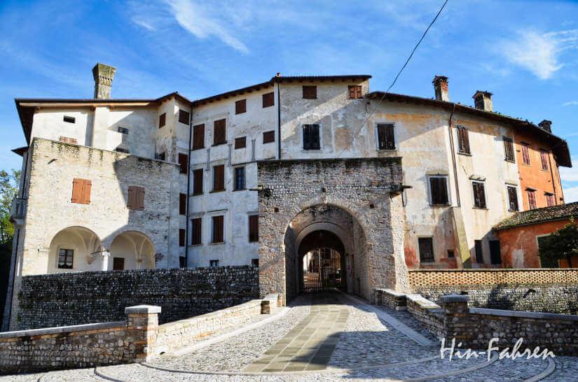 Schloss in Valvasone im Friaul