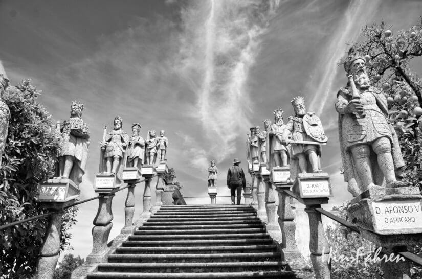 Treppe mit portugiesischen Königen
