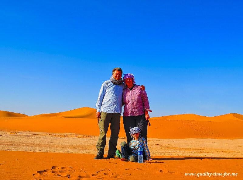 Familie in der Wüste