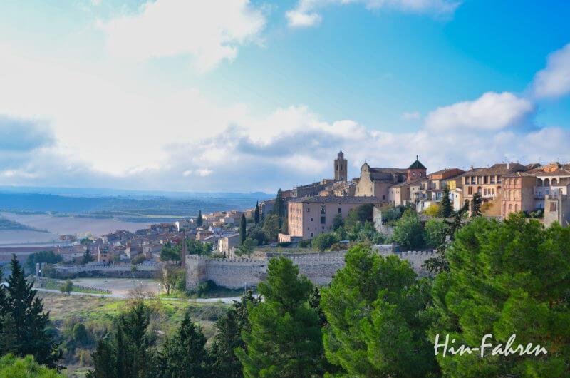 Cervera liegt auf unserem Weg nach Barcelona in Katalonien