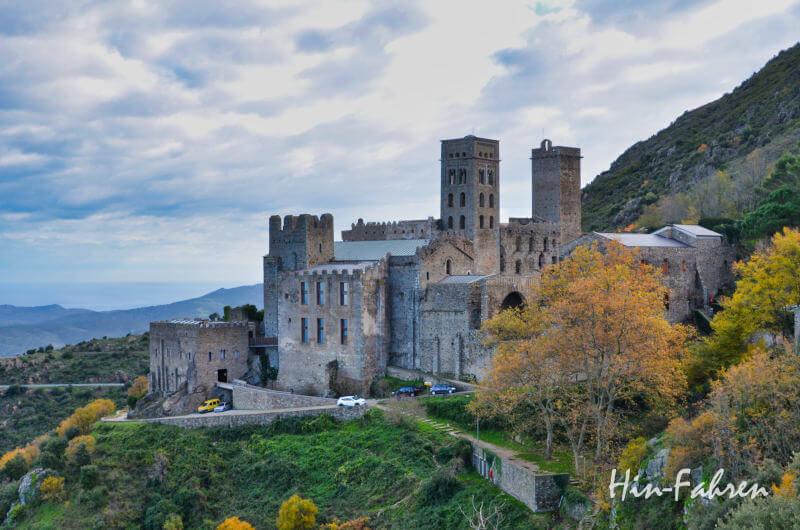 Kloster in Katalonien mit Wohnmobil