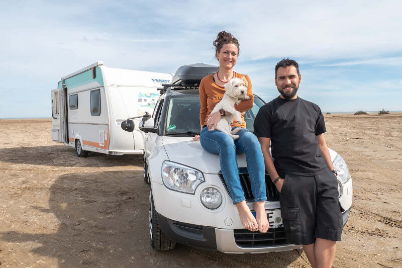 Camping-Blogger mit Caravan