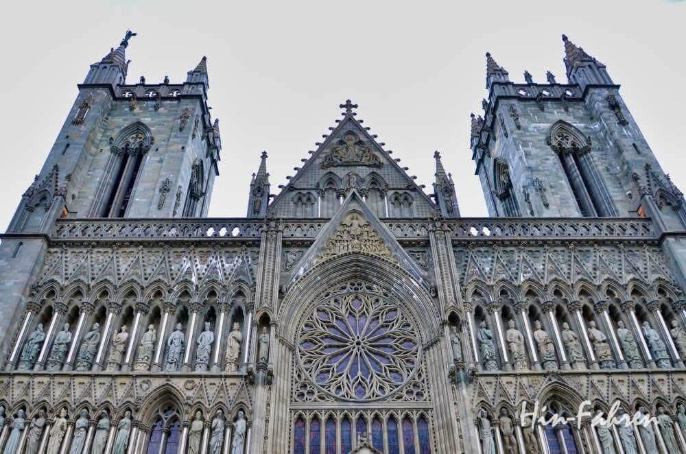 Trondheim: Fassade des Nidarosdom