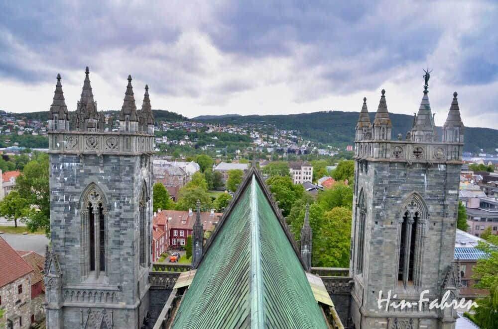 Trondheim mit Wohnmobil: Aufstieg aufs Dach des Doms