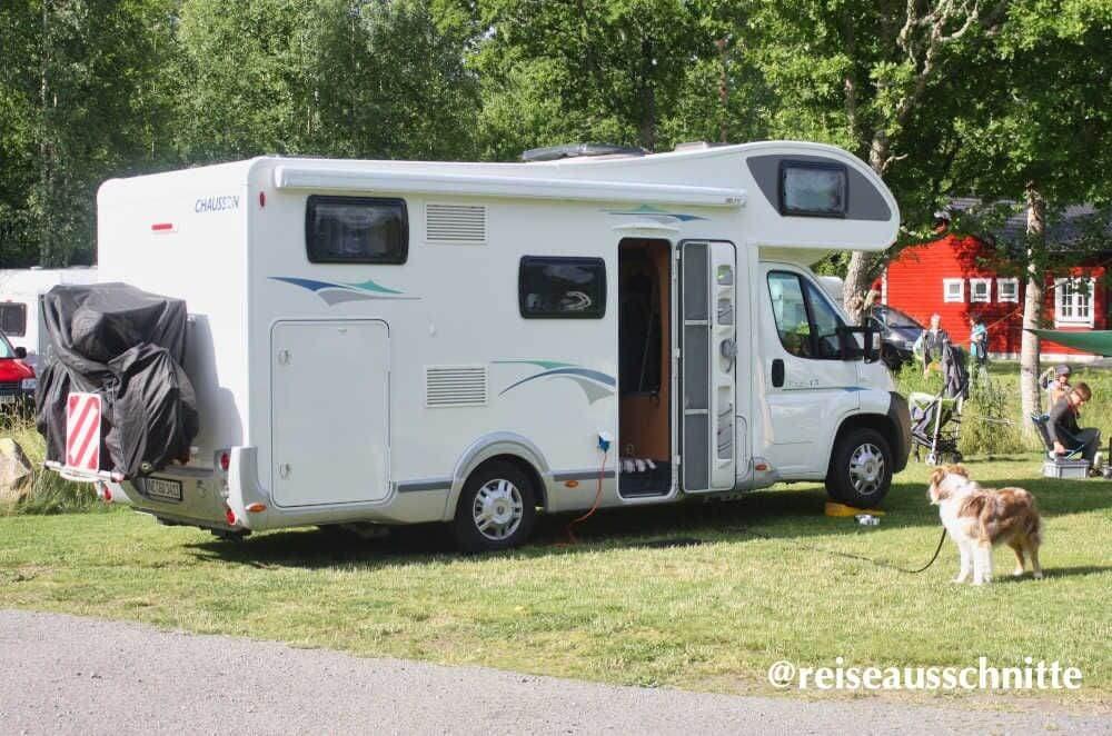 Wohnmobil von Chausson auf dem Campingplatz