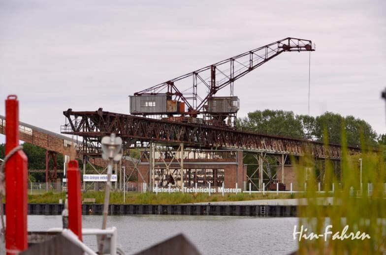 Blick vom Wohnmobil-Stellplatz auf das Industriedenkmal von Peenemünde