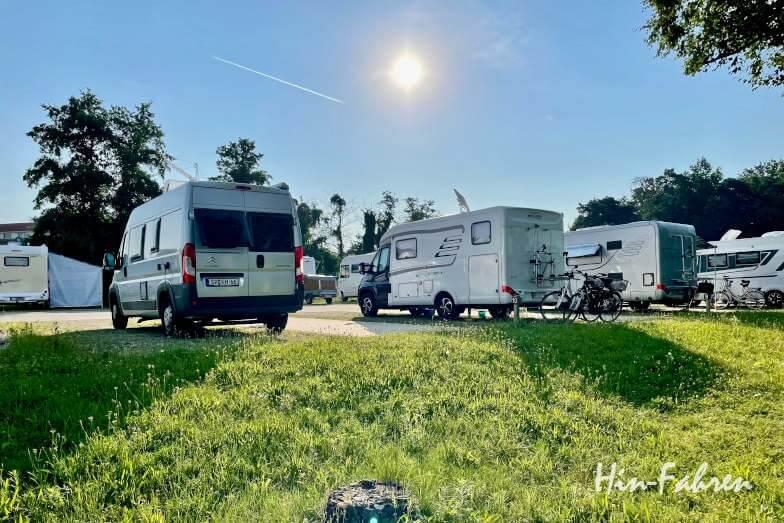 Wohnmobil-Tour Bayern: Wohnmobil-Stellplatz an der Limes Therme in Bad Gögging