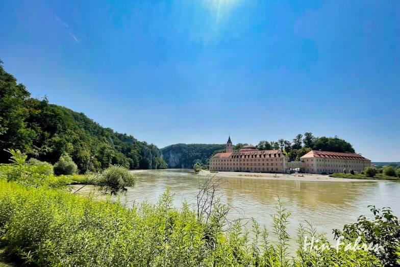 Wohnmobil-Tour Bayern: Blick auf Kloster Weltenburg
