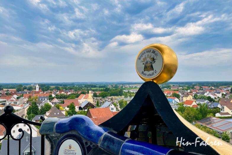 Wohnmobiltour Bayern: Blick vom Kuchlbauer-Turm auf Abensberg