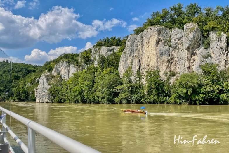 Wohnmobil-Tour Bayern: Zille auf der Donau in der Weltenburger Enge